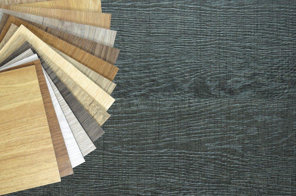 Samples of laminate and vinyl floor tile